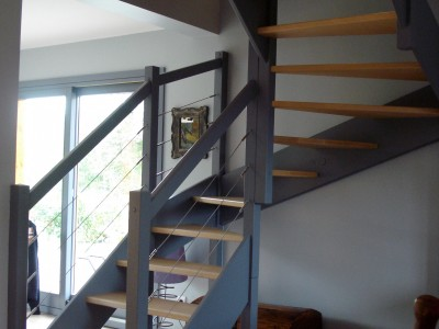 escaliers magnin escalier 1 4 tournant haut vt avec contremarches. Black Bedroom Furniture Sets. Home Design Ideas